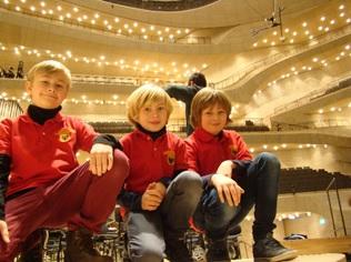 Wir in der Elbphilharmonie